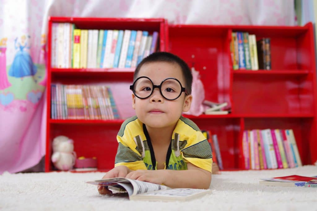 Young asian kid with glasses